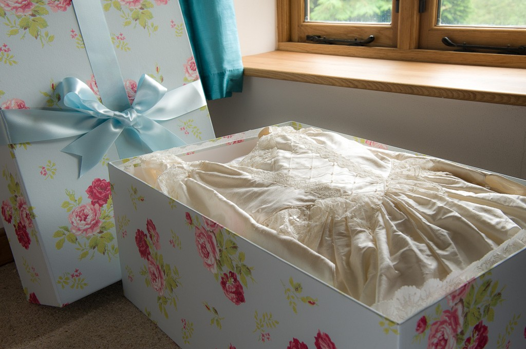 extra-large-wedding-dress-box1